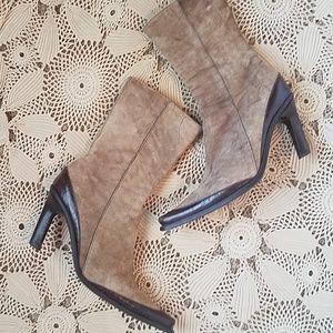 Stunning hi heel booties! Vic Matie made in Italy